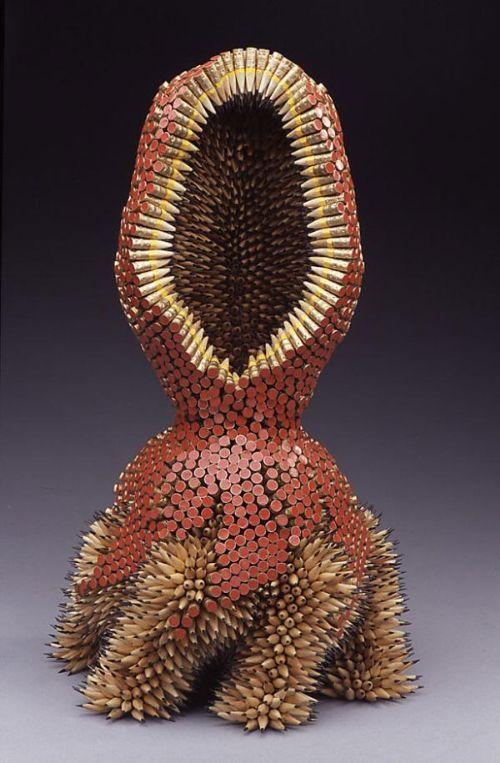 escultura con lapices