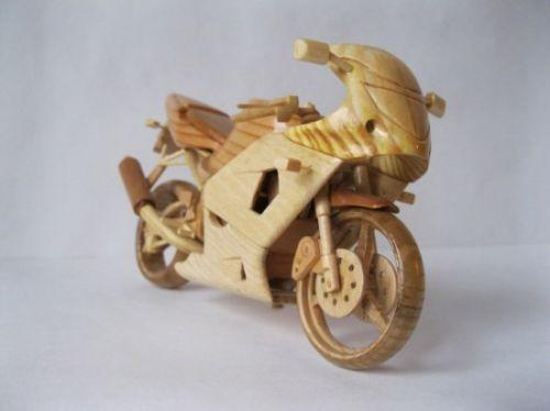 moto madera replica