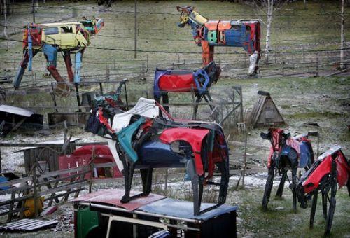 esculturas vacas reciclaje